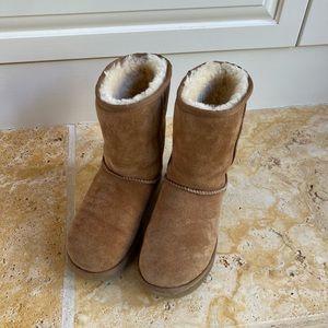 Ugh Classic Short Ladies Boot